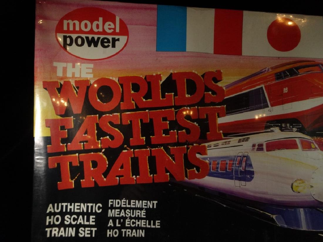 MODEL POWER HO SCALE TRAIN SET, 1083 SANTA FE BULLET - 2