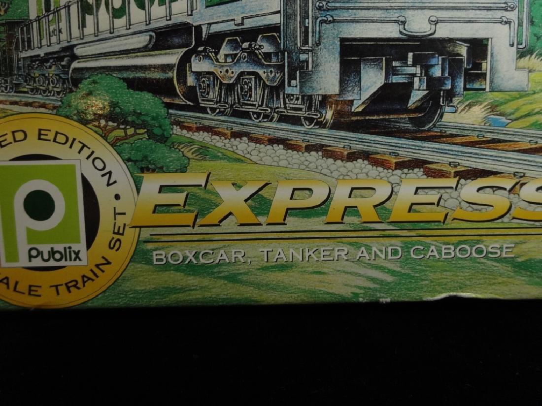 PUBLIX EXPRESS HO SCALE TRAIN SET, INCLUDES LOCOMOTIVE, - 3
