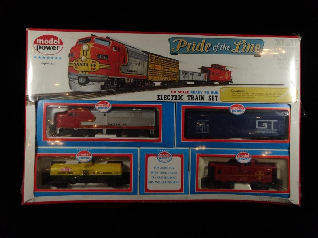 MODEL POWER HO SCALE TRAIN SET, PRIDE OF THE LINE,