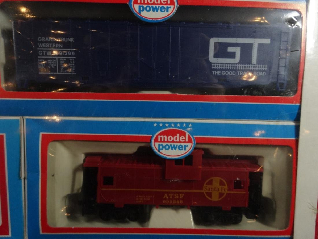MODEL POWER HO SCALE TRAIN SET, PRIDE OF THE LINE, - 6
