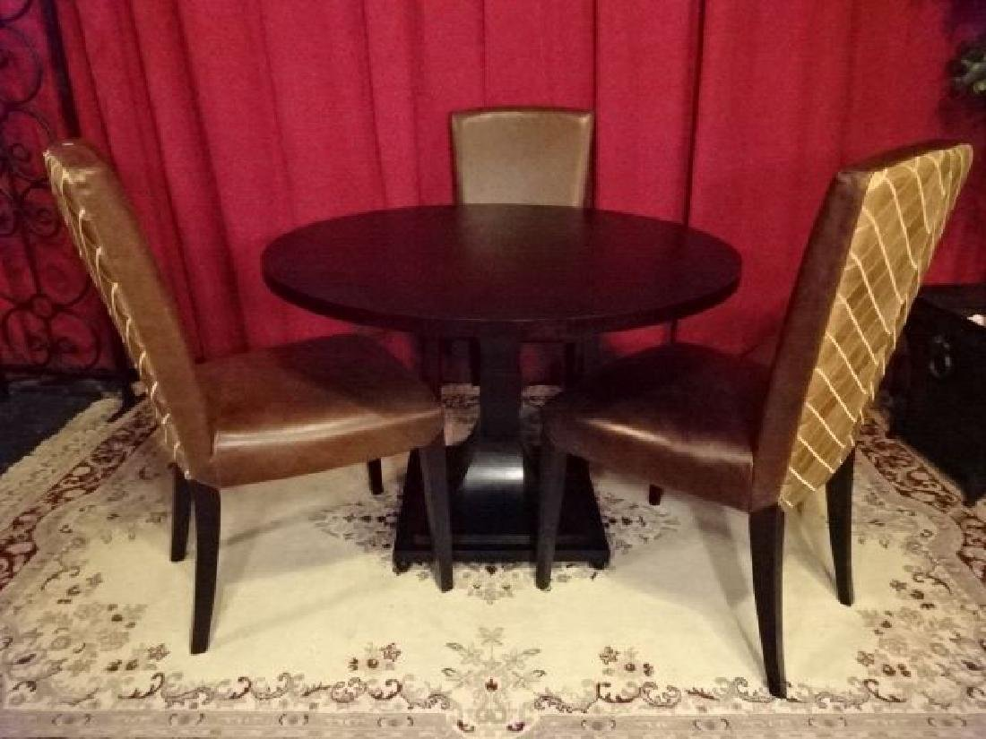4 PC DINING SET, HENREDON PEDESTAL TABLE AND 3 LEATHER