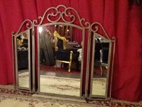 METAL TRI FOLD DRESSER MIRROR, VERY GOOD CONDITION,