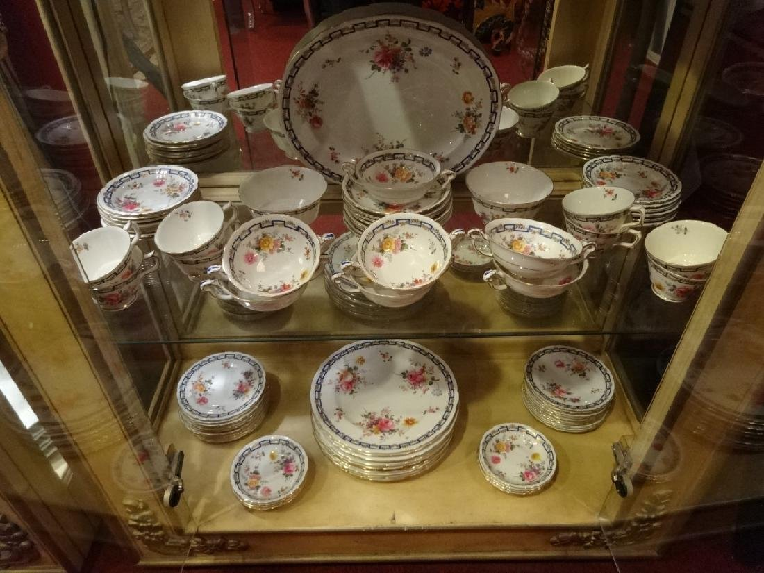 """84 PC ROYAL CROWN DERBY CHINA SERVICE, """"POSIES"""" - 6"""