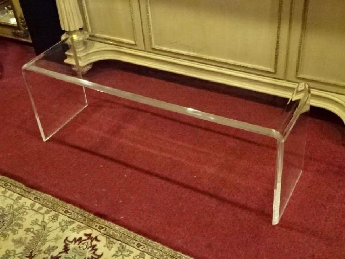 MODERN CLEAR LUCITE COFFEE TABLE, VERY GOOD CONDITION