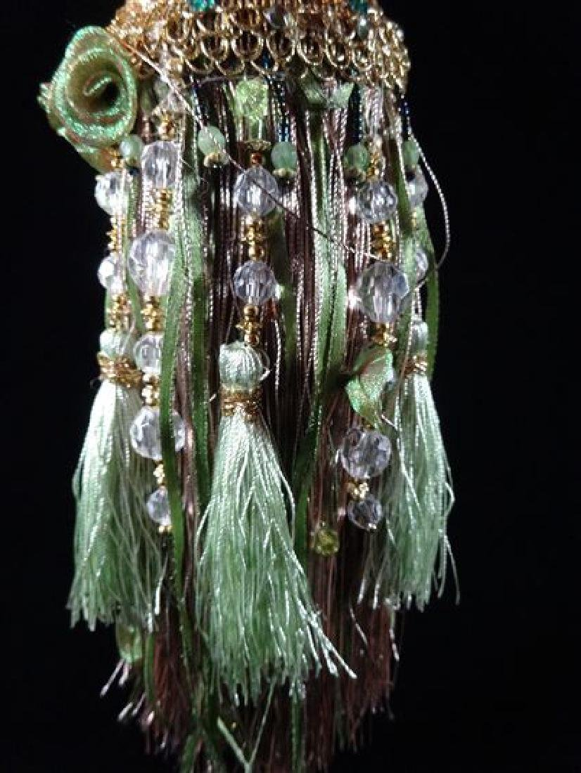 JEWELRY NECKLACE HOLDER, DRESS FORM IN GREEN, VERY GOOD - 2