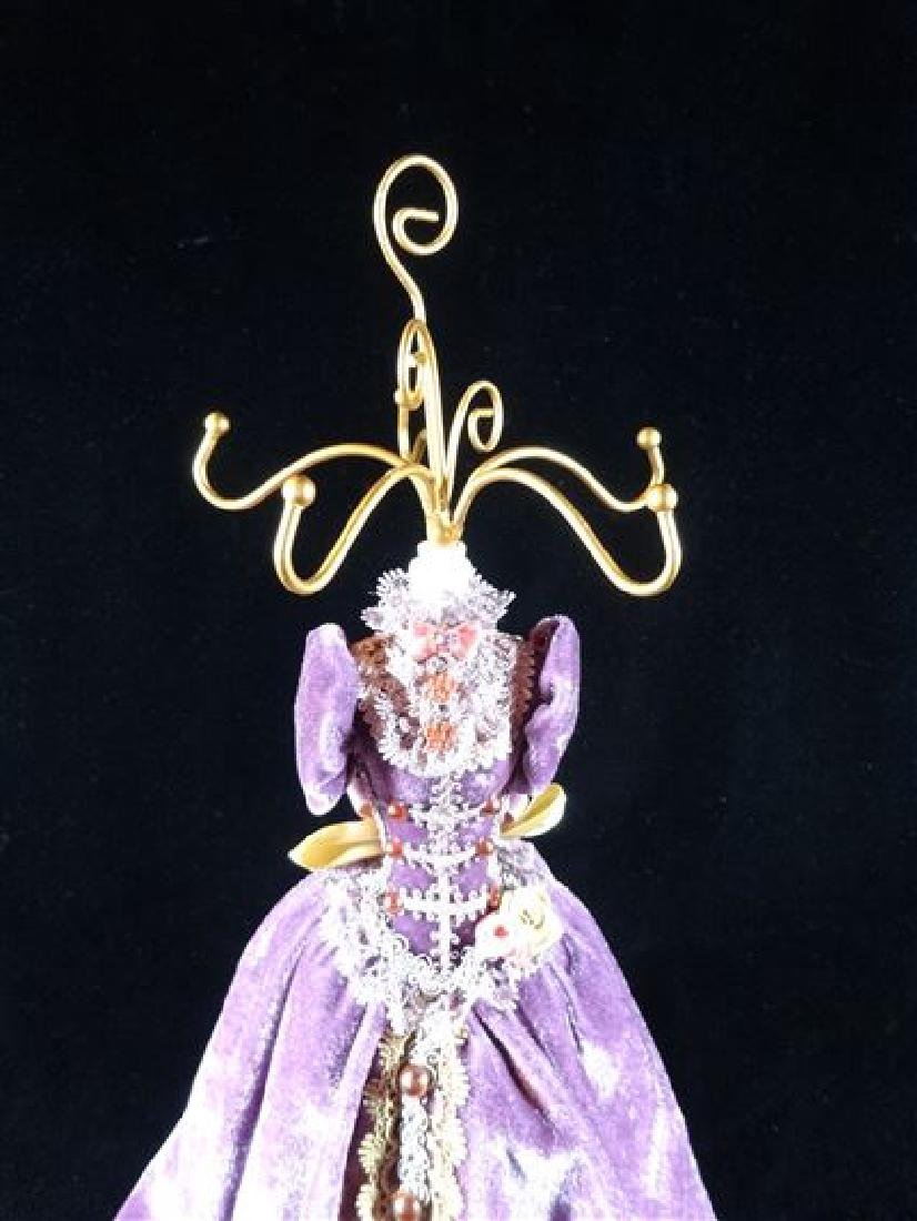 JEWELRY NECKLACE HOLDER, DRESS FORM IN PURPLE, VERY - 3