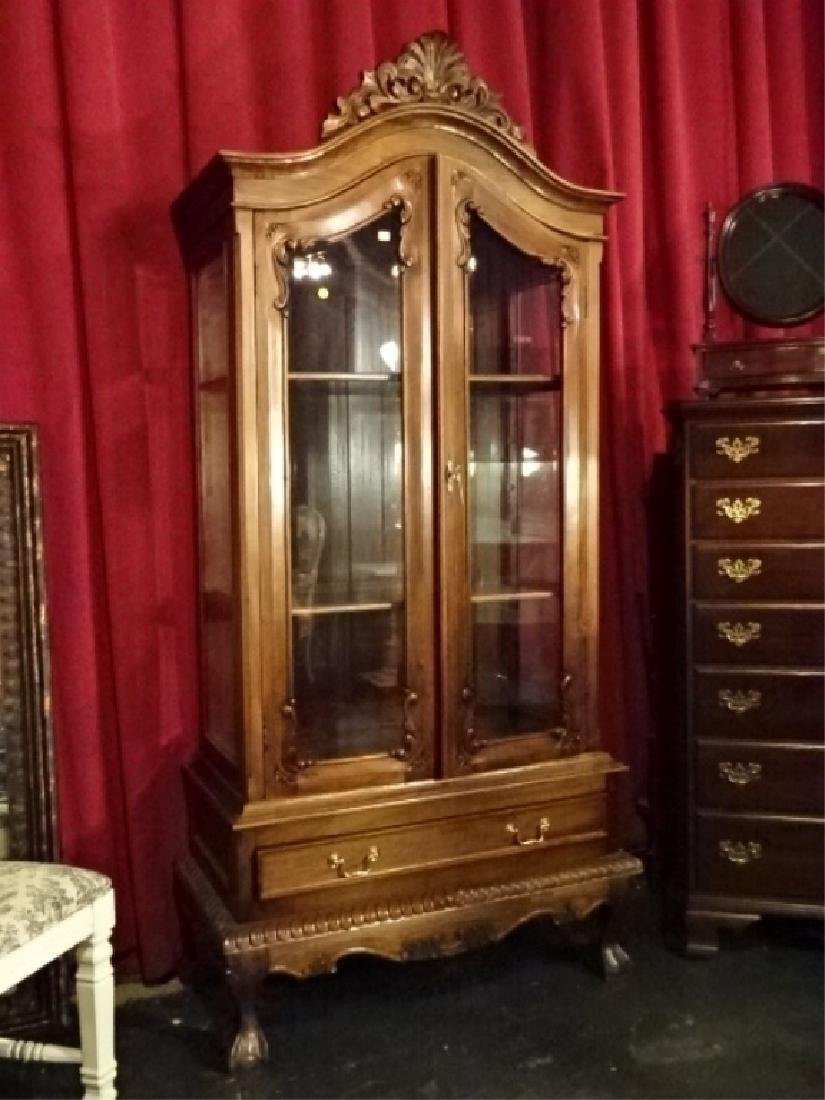 CHIPPENDALE STYLE WOOD CABINET, 2 GLASS DOORS
