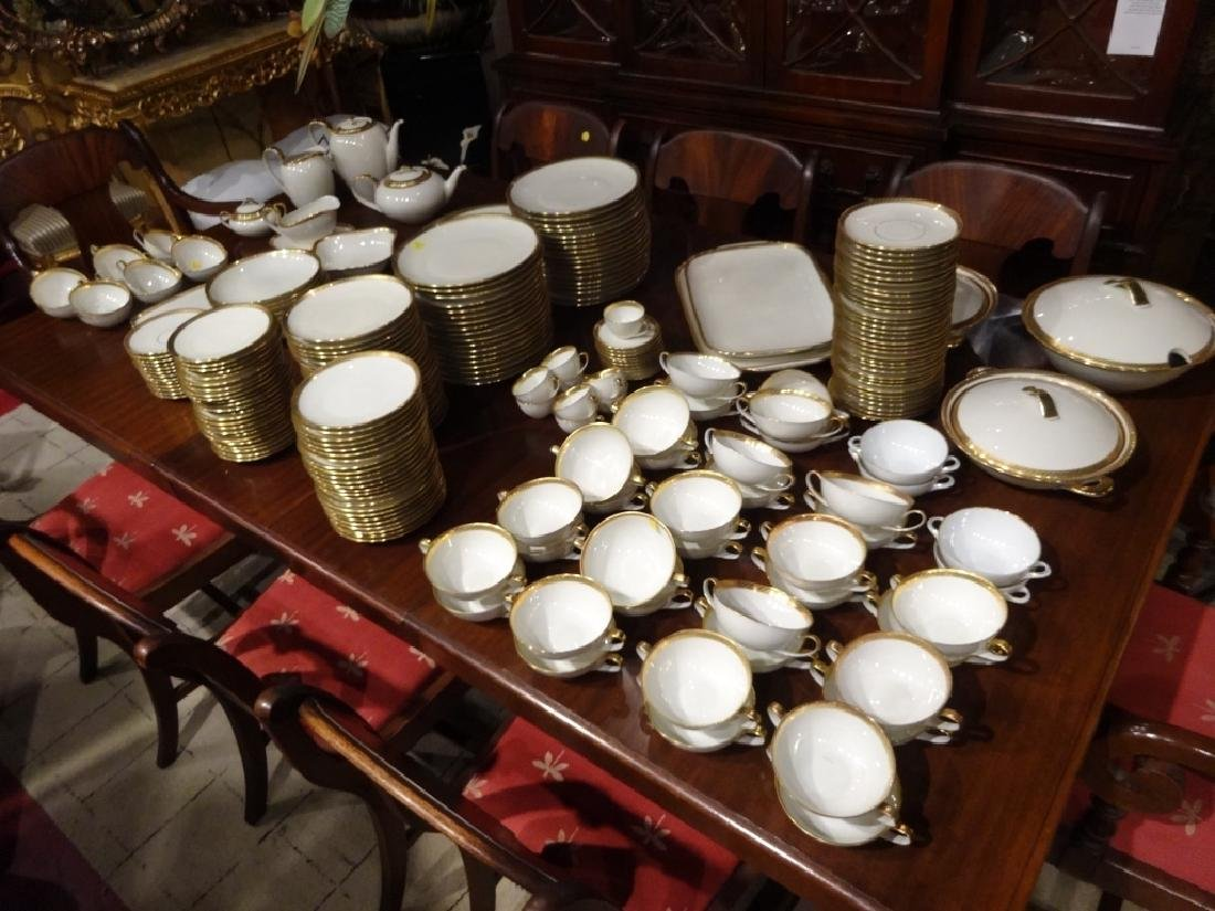 265 PC HUTSCHENREUTHER CHINA SERVICE, 02396 WHITE WITH - 6