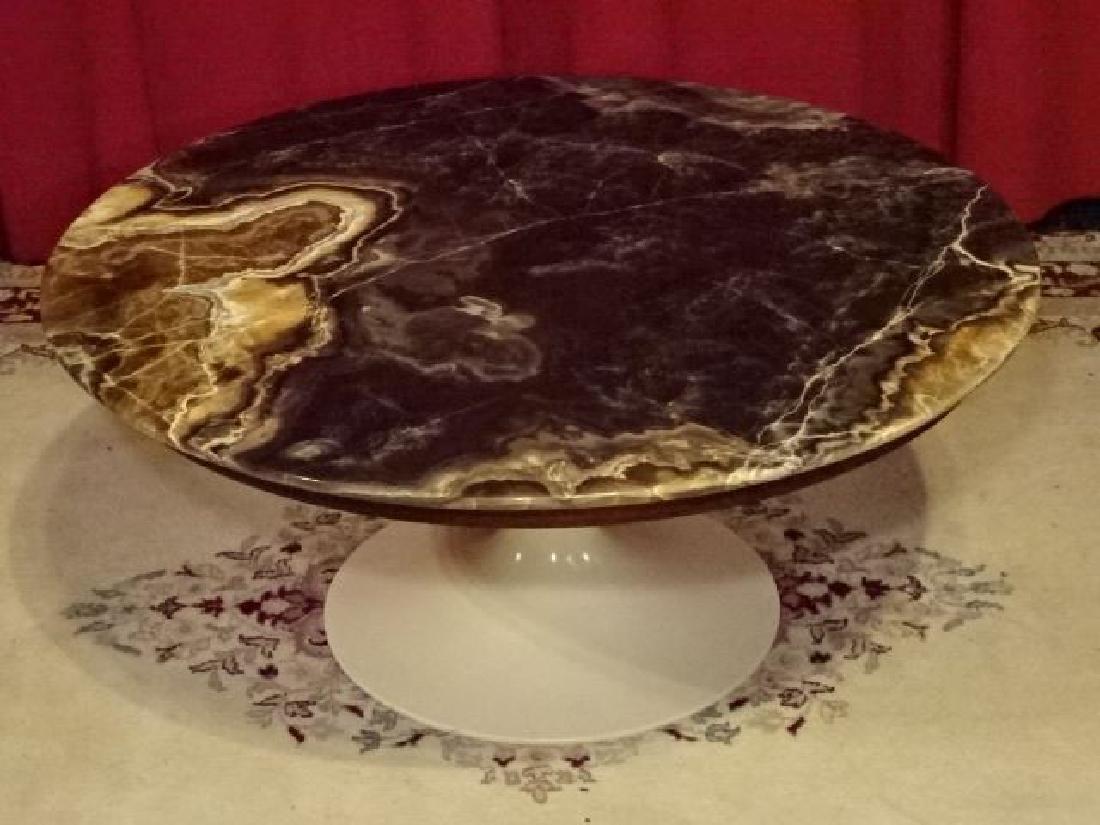 AGATE TOP ROUND EERO SAARINEN COFFEE TABLE, WHITE TULIP - 4