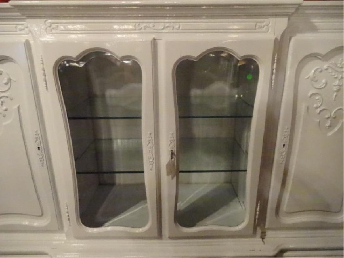 LOUIS XV STYLE CABINET, 2 GLAZED DOORS FLANKED BY TWIN - 3