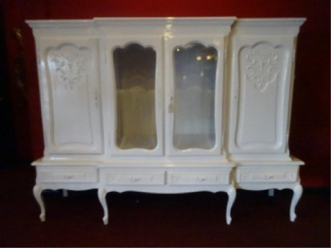 LOUIS XV STYLE CABINET, 2 GLAZED DOORS FLANKED BY TWIN - 4