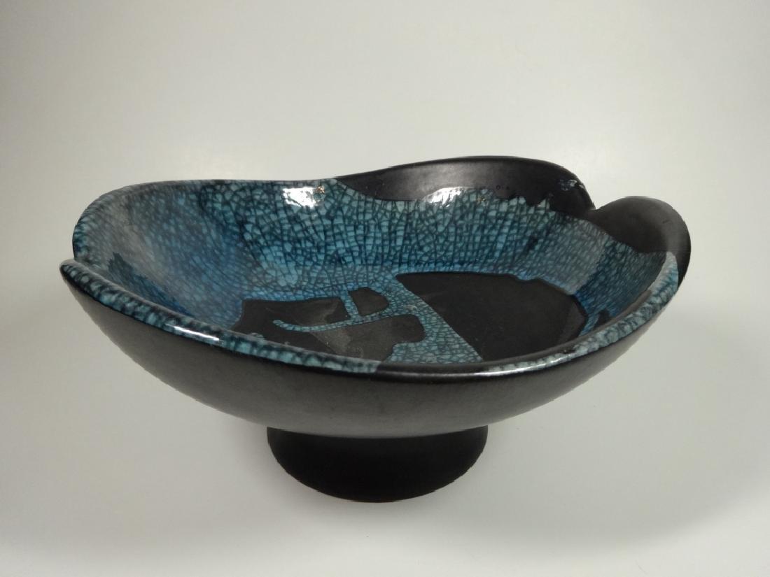 ROYAL HAEGER POTTERY PEDESTAL BOWL, BLACK WITH BLUE