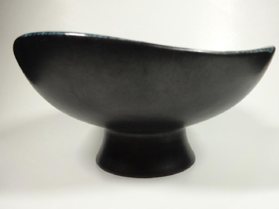 ROYAL HAEGER POTTERY PEDESTAL BOWL, BLACK WITH BLUE - 4