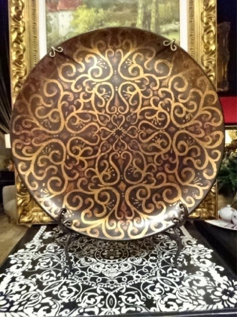 LARGE DECORATIVE PLATTER ON STAND, ORNATE GOLD DESIGNS