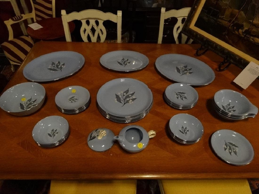 32 PC MID CENTURY HOMER LAUGHLIN CHINA, STARDUST