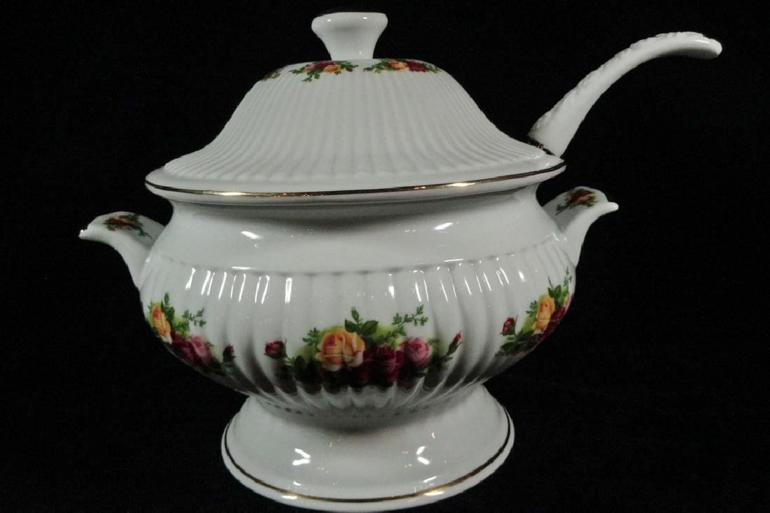 ROYAL ALBERT PORCELAIN TUREEN WITH LID AND LADLE, OLD