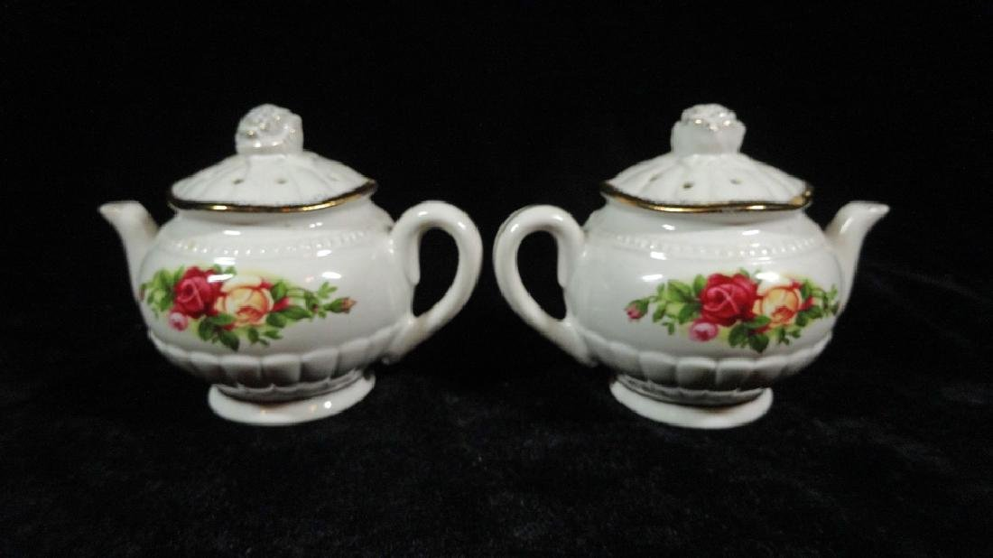 2 PC ROYAL ALBERT PORCELAIN TEAPOT FORM SALT & PEPPER - 3