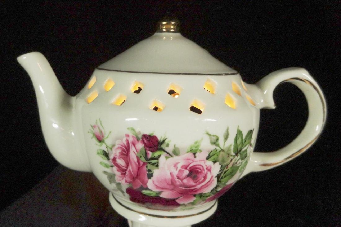 PORCELAIN NIGHTLIGHT, TEAPOT SHAPE, COUNTRY ROSES