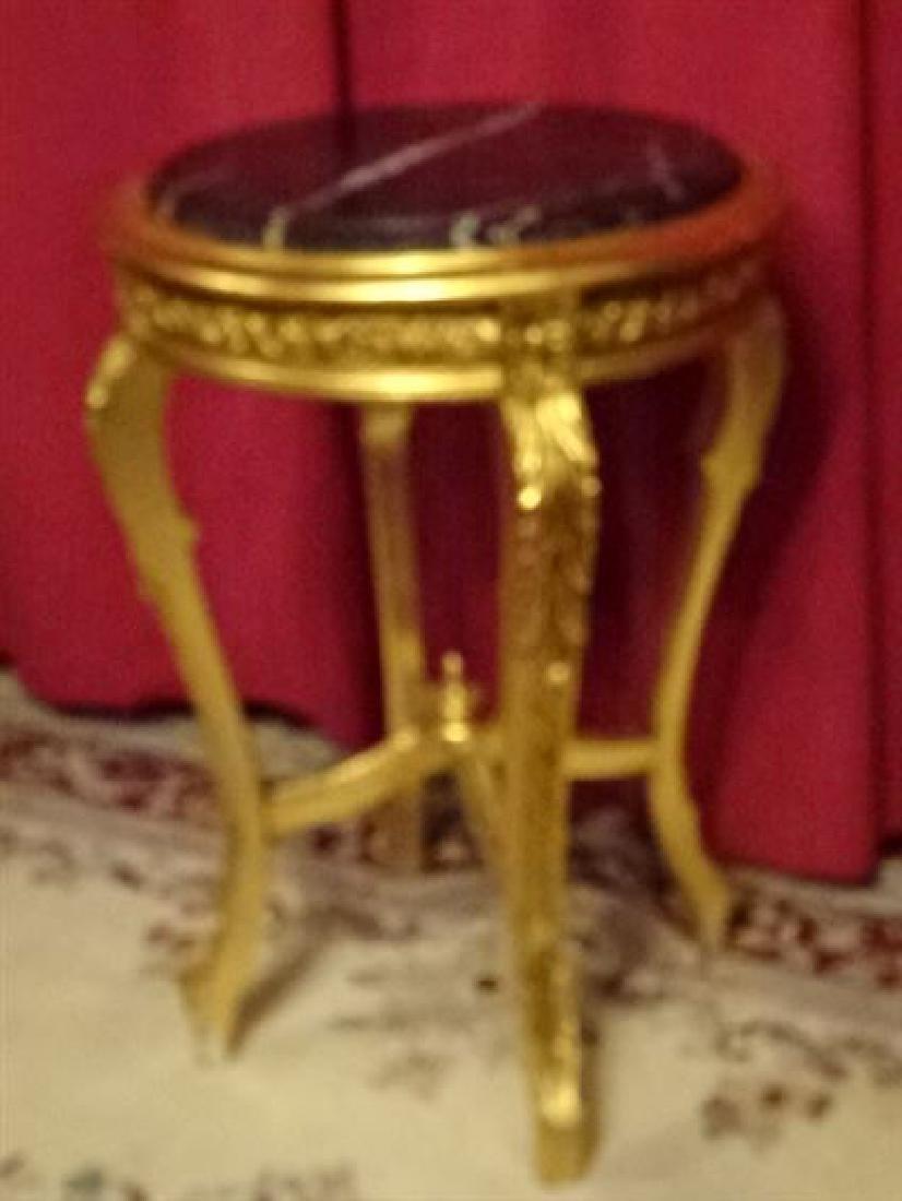 LOUIS XV STYLE GOLD GILT WOOD TABLE, BEVELED BLACK - 3