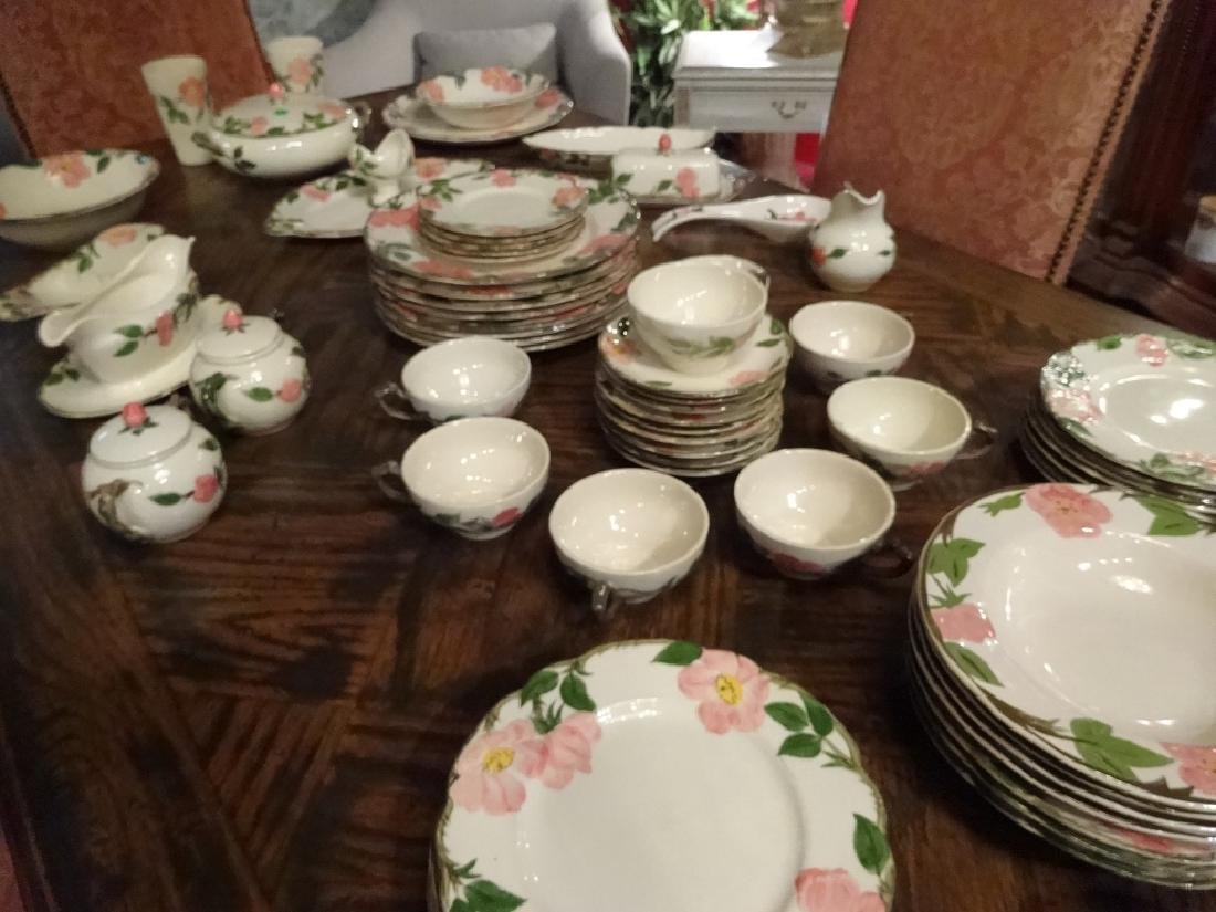97 PC FRANCISCAN DESERT ROSE DINNER SERVICE, INCLUDES 8 - 7