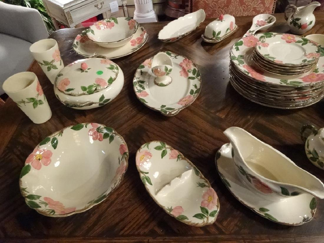 97 PC FRANCISCAN DESERT ROSE DINNER SERVICE, INCLUDES 8 - 8