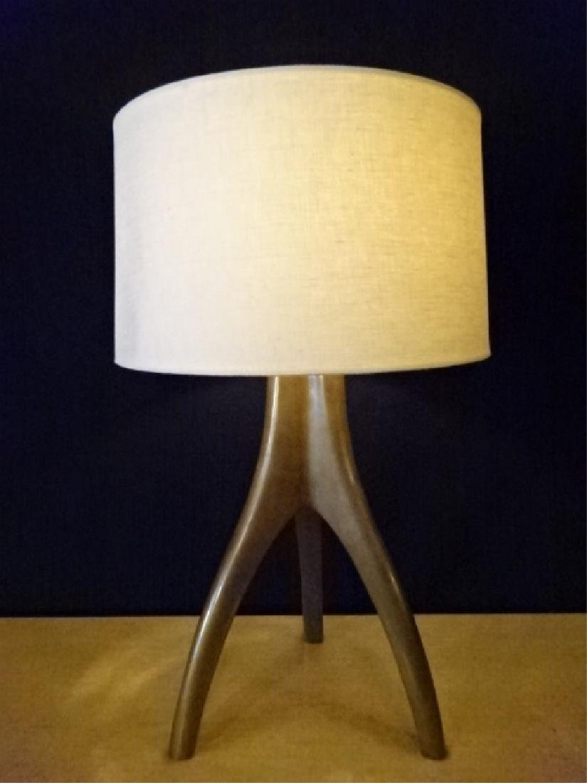 MID CENTURY MODERN BRONZE LAMP, 3 LEGGED BRONZE METAL - 2