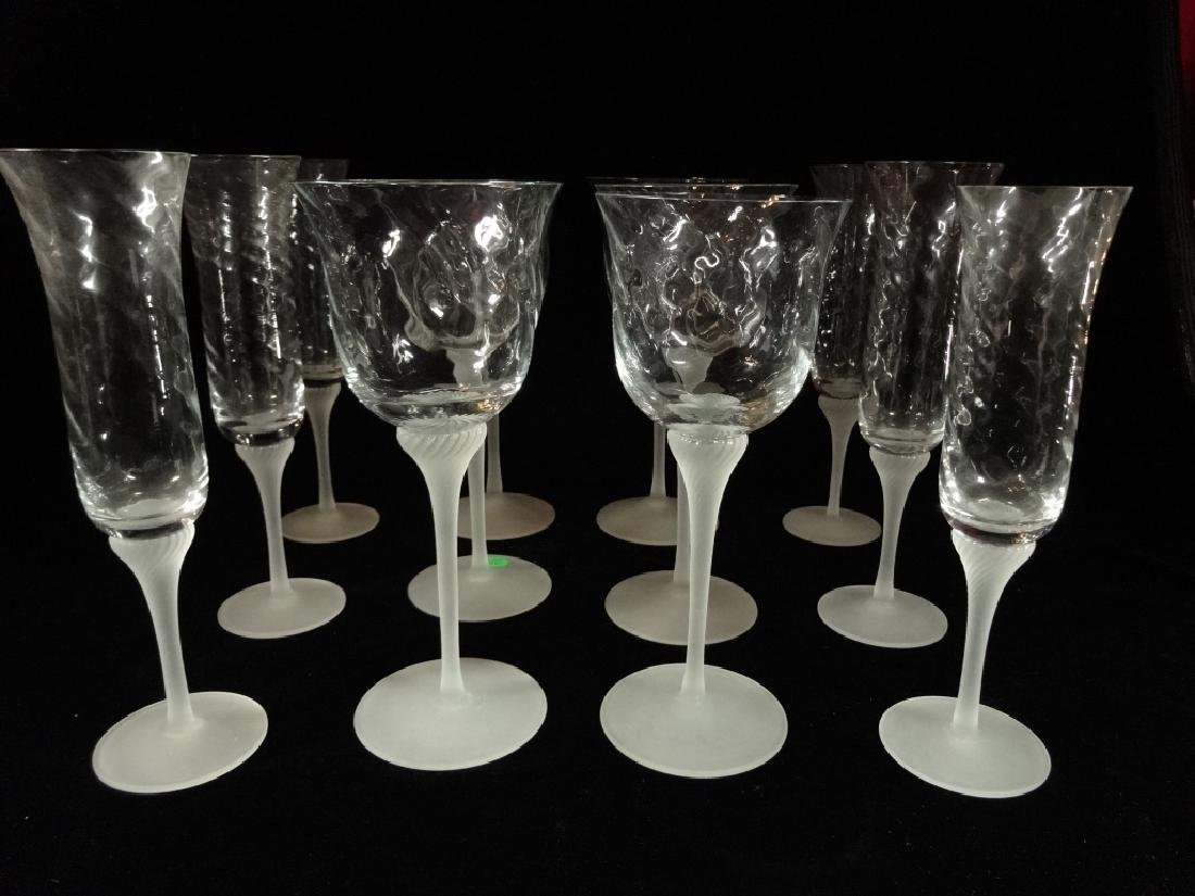 12 HAND BLOWN CRYSTAL WINE GLASSES, 6 CHAMPAGNES AND 6