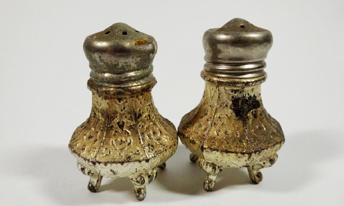 4 PC VINTAGE SALT & PEPPER SHAKERS, SOME CRACKS TO TOP - 5