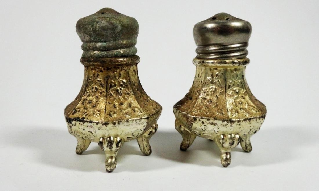 4 PC VINTAGE SALT & PEPPER SHAKERS, SOME CRACKS TO TOP - 7