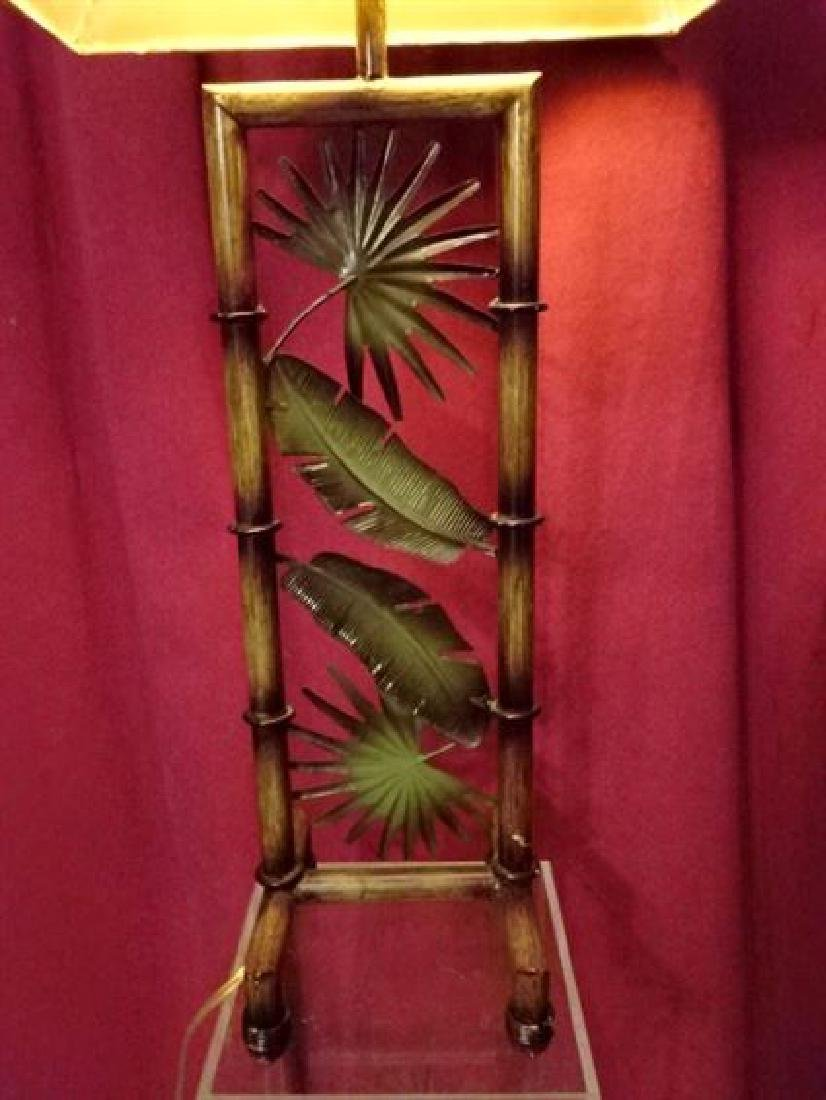 TROPICAL FOLIAGE MOTIF METAL LAMP, VERY GOOD CONDITION, - 2