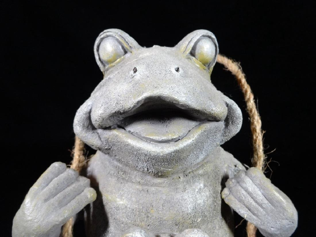 """FROG WALL HANGING, APPROX 10"""" X 6"""" - 2"""