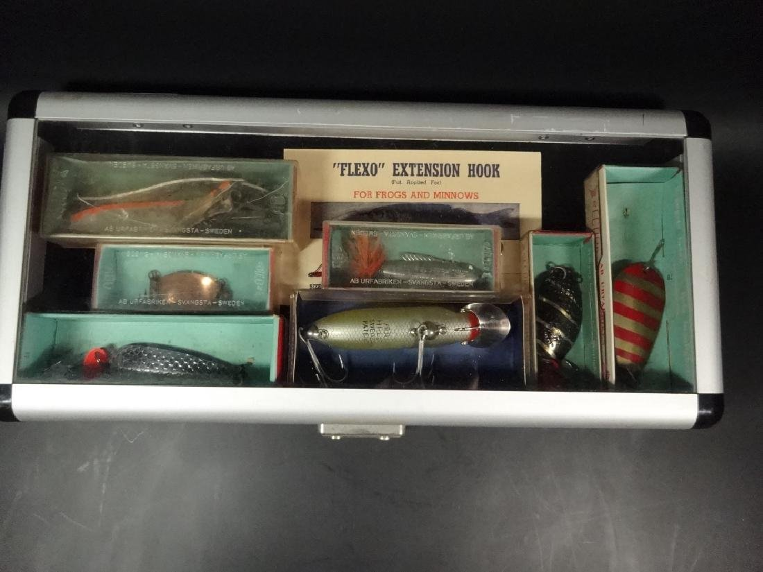 13 PC VINTAGE FISHING LURES & DISPLAY BOX, LURES IN - 2