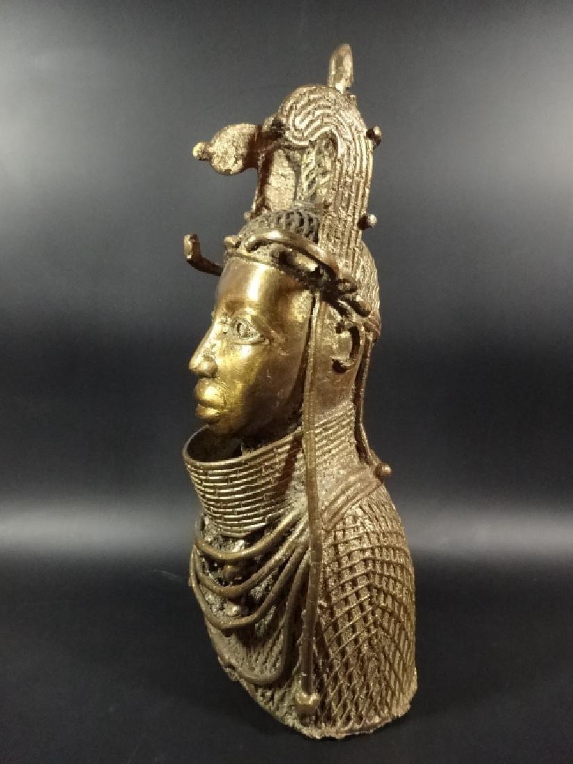 AFRICAN BRONZE SCULPTURE, BUST OF A MAN, BRASS FINISH, - 2
