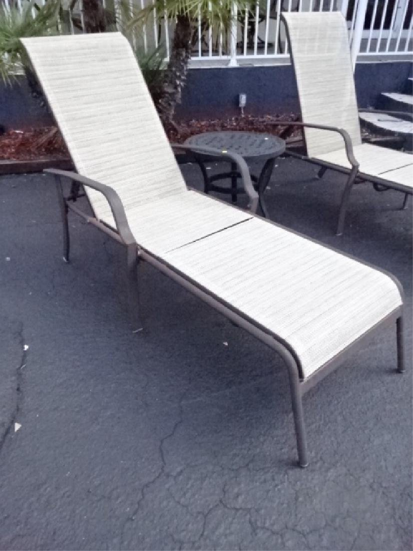 3 PC PATIO SET, 2 LOUNGE CHAIRS AND TABLE, VERY GOOD - 2