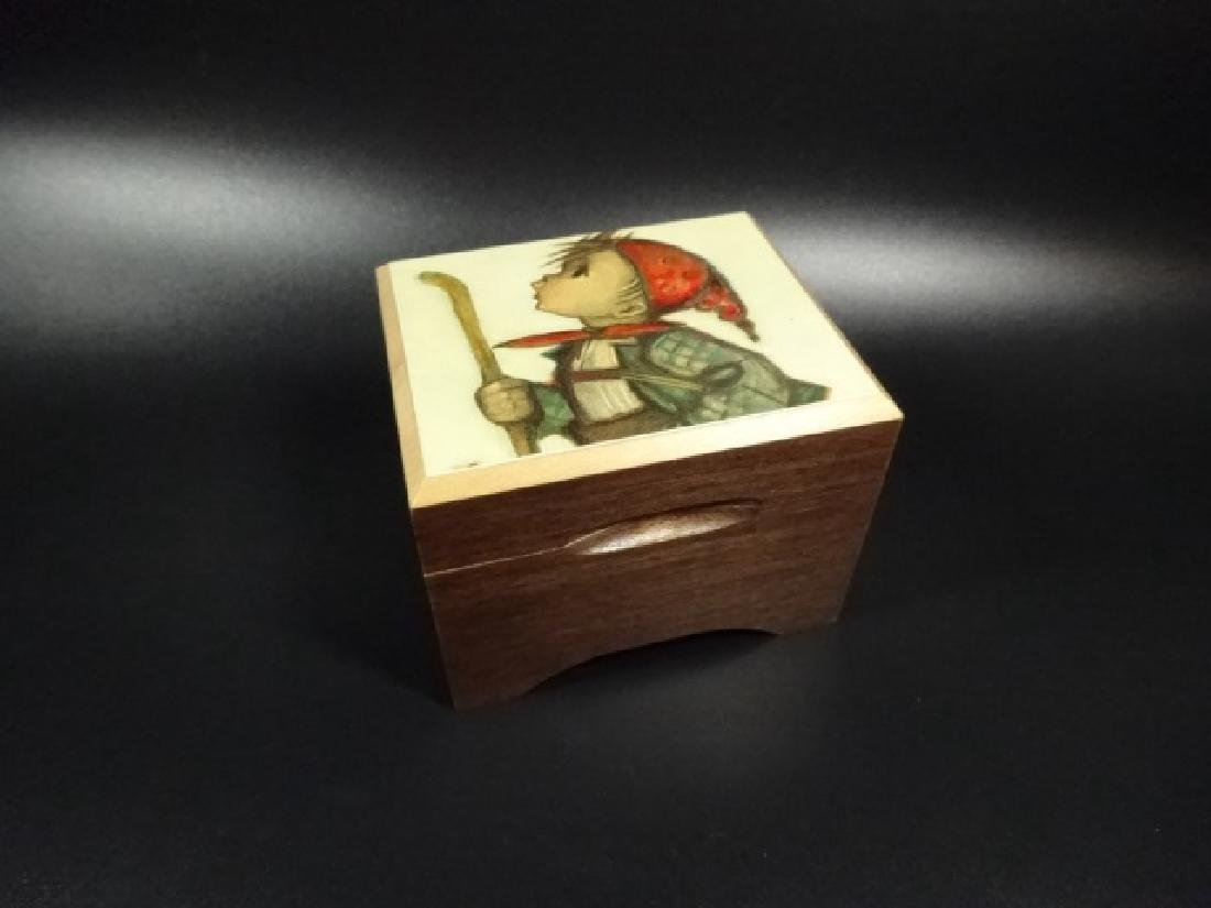 CUENDET SWISS MUSICAL MOVEMENT, MUSIC BOX PLAYS