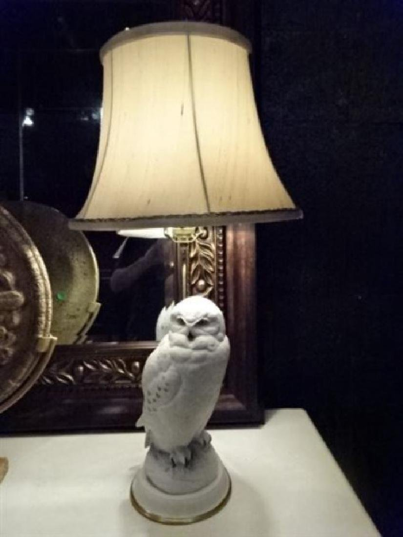 CERAMIC WHITE OWL TABLE LAMP, VERY GOOD CONDITION, - 2