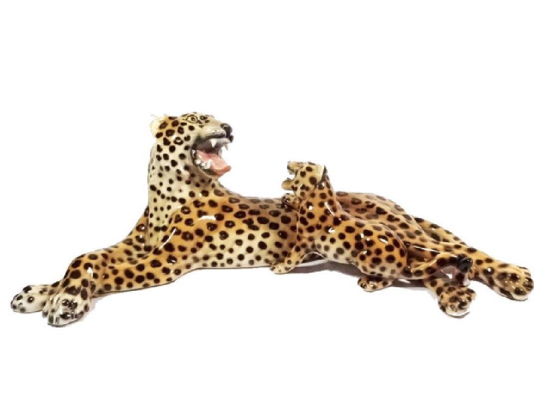 HEYGILL HAND MADE CERAMIC LEOPARD WITH CUB, MADE IN