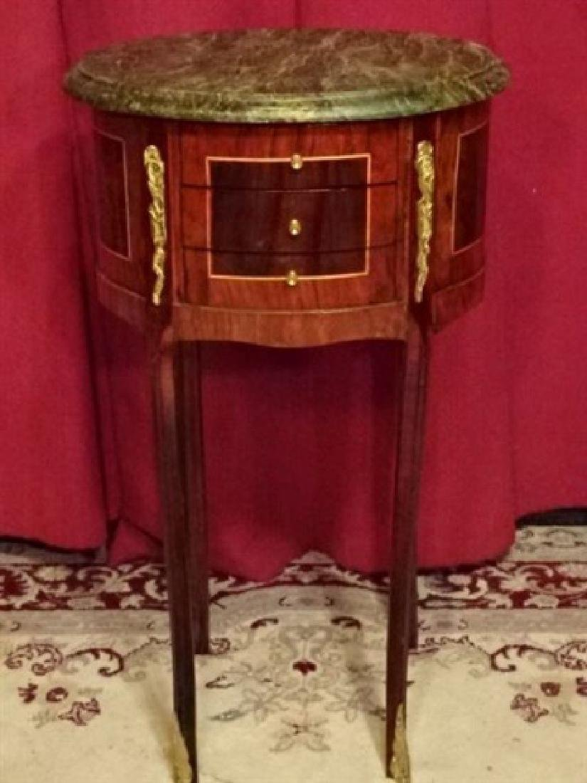 LOUIS XV STYLE OVAL TABLE, MARBLE TOP, 3 DRAWERS, GILT