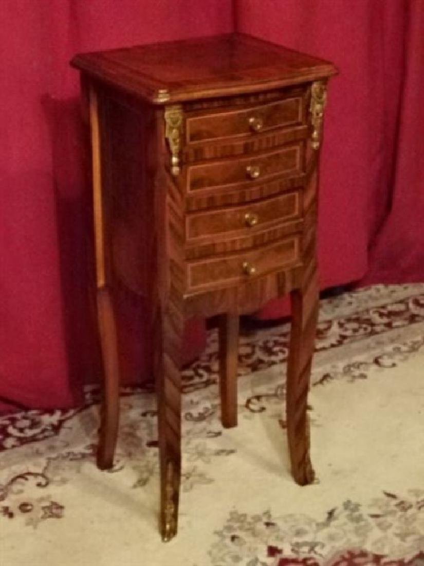 LOUIS XV STYLE TABLE, 4 DRAWERS, INLAID DESIGNS, GILT - 3