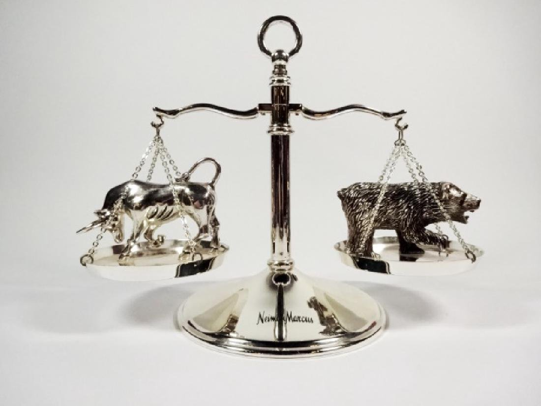 NEIMAN MARCUS BULL AND BEAR SCALE PAPERWEIGHT, APPROX