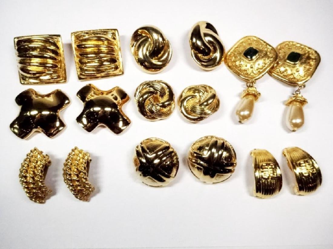 9 PAIRS CHUNKY EARRINGS, GOLD TONE, ONE PAIR WITH
