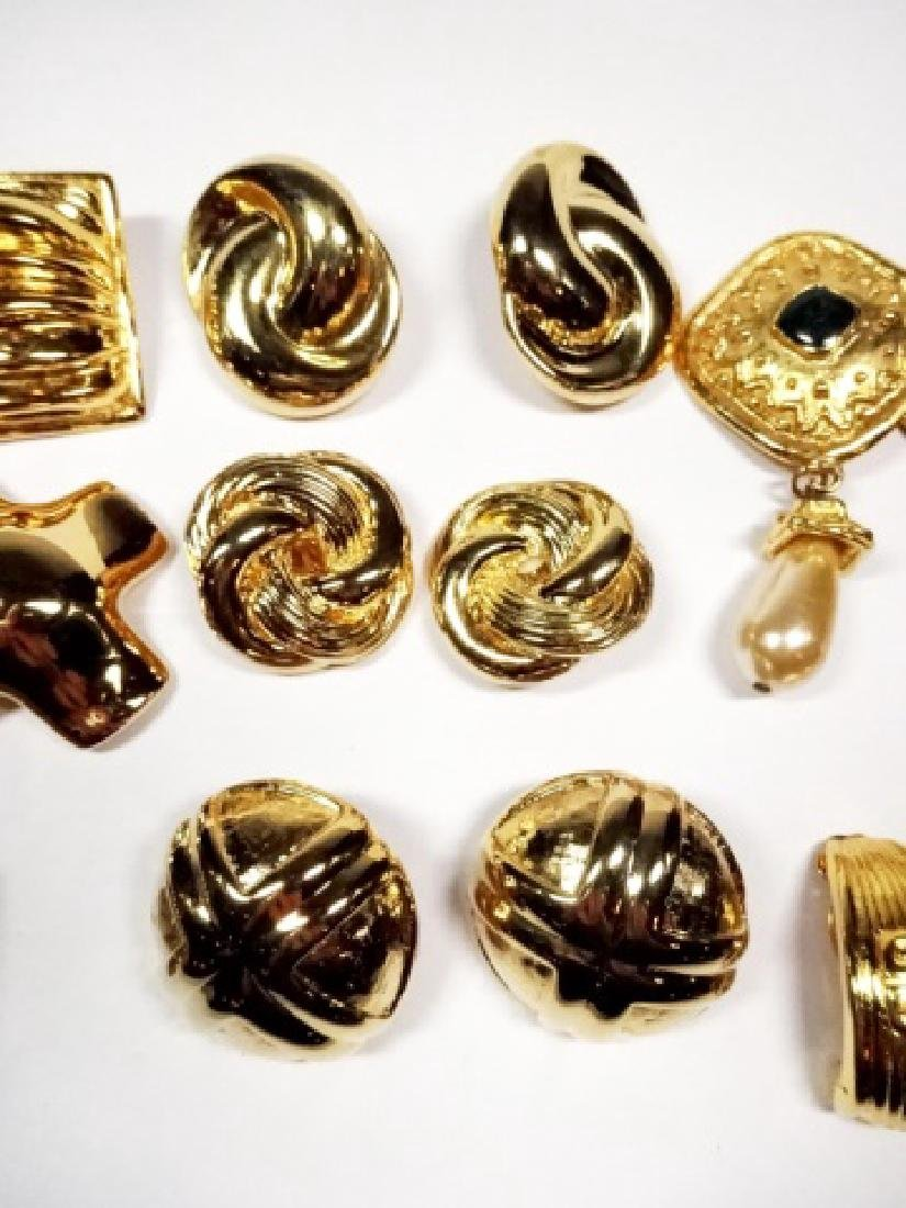 9 PAIRS CHUNKY EARRINGS, GOLD TONE, ONE PAIR WITH - 4