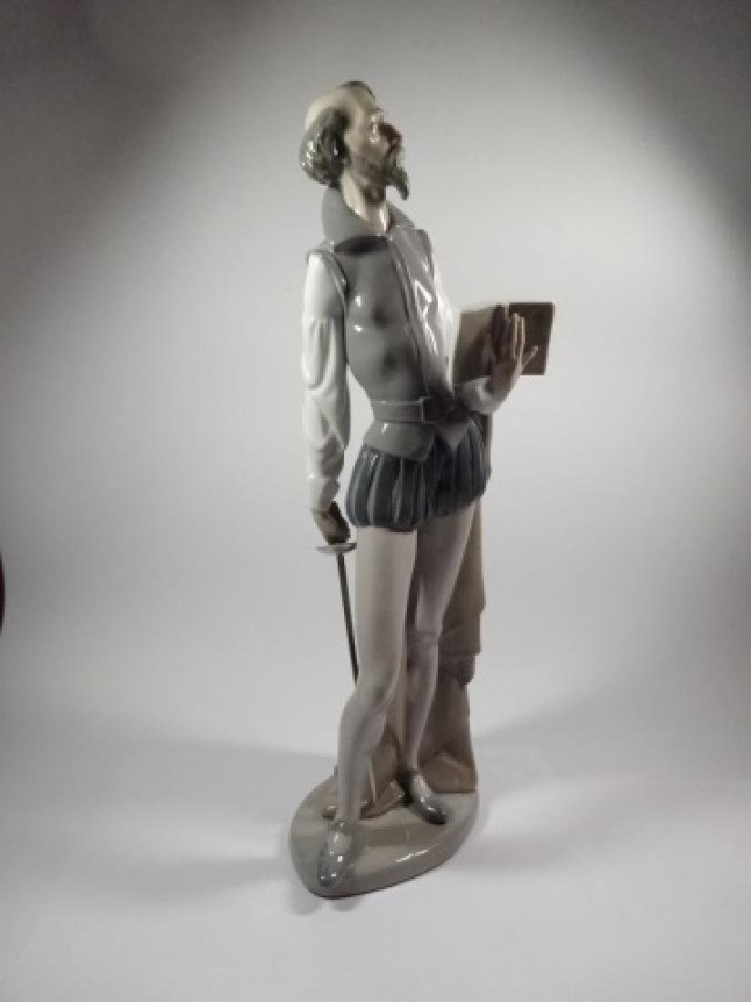 NAO BY LLADRO DON QUIXOTE READING BOOK PORCELAIN