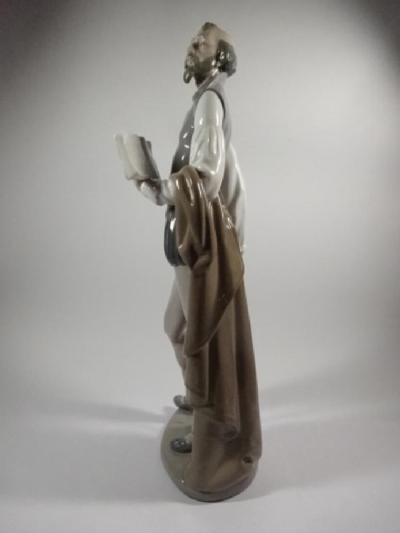 NAO BY LLADRO DON QUIXOTE READING BOOK PORCELAIN - 4