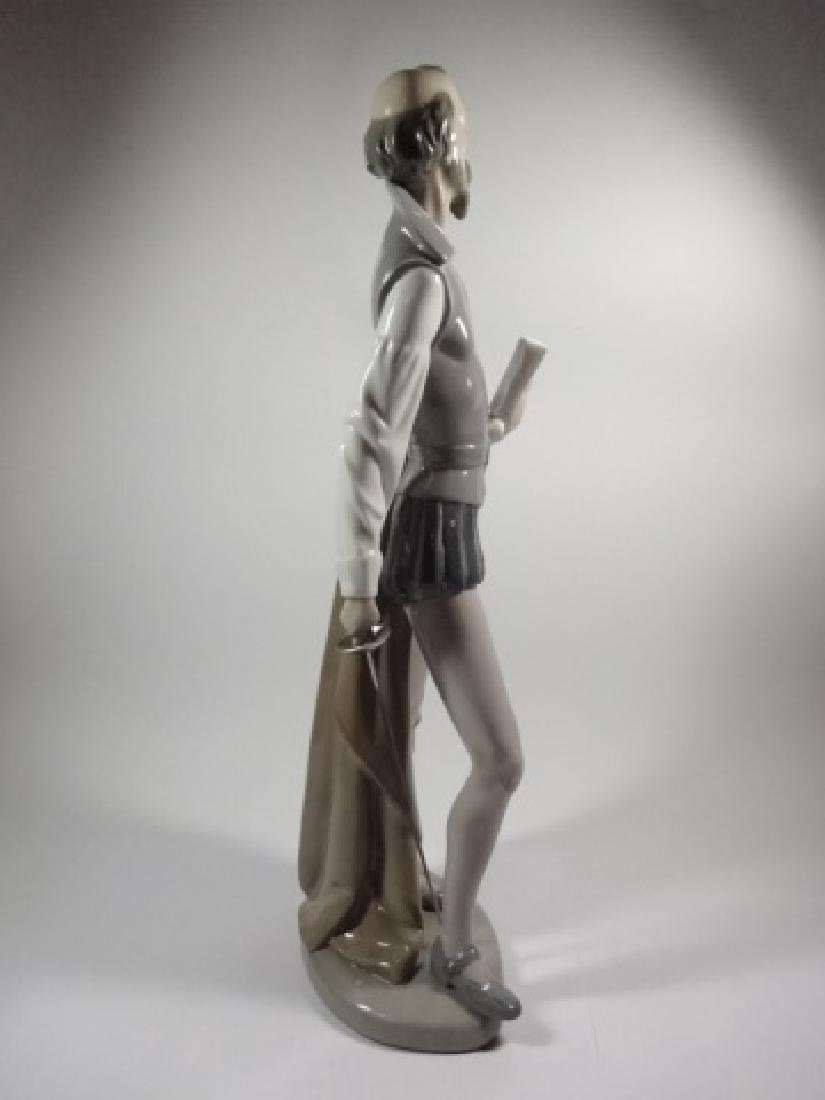 NAO BY LLADRO DON QUIXOTE READING BOOK PORCELAIN - 6