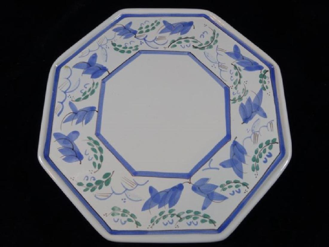QUIMPER HENRIOT FRANCE POTTERY PLATE, HAND PAINTED,