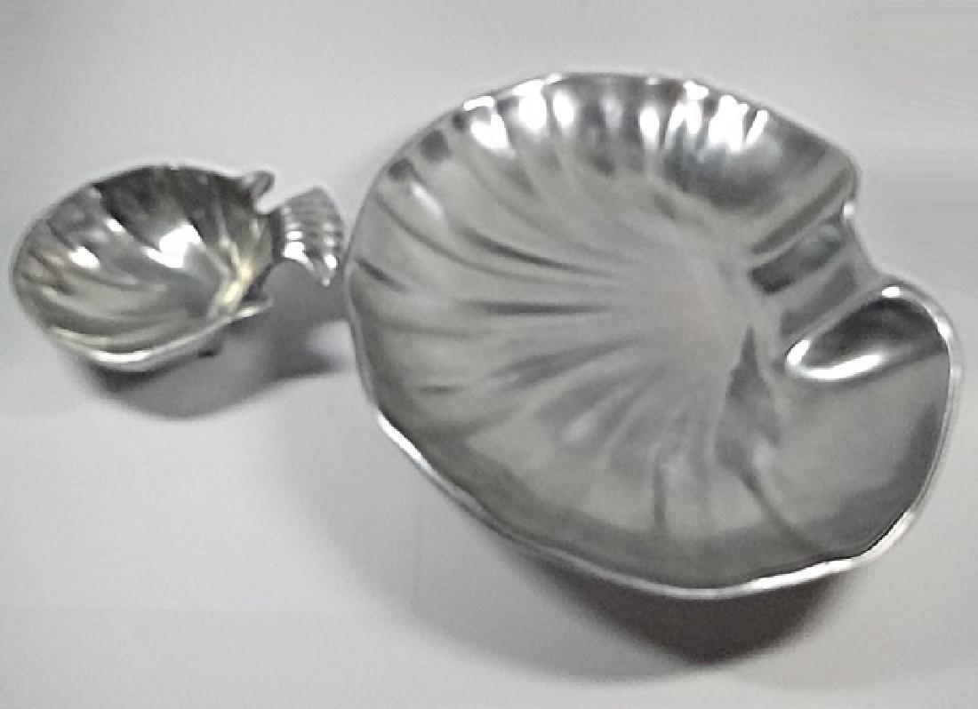 LARGE SHELL FORM CHIP & DIP OR SHRIMP SERVING DISHES, 2 - 3