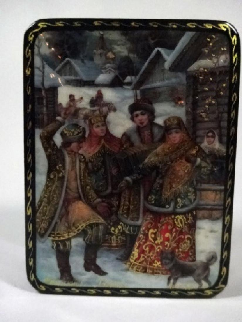 5 PC RUSSIAN HAND PAINTED LACQUERED BOXES, LARGE BOX - 8