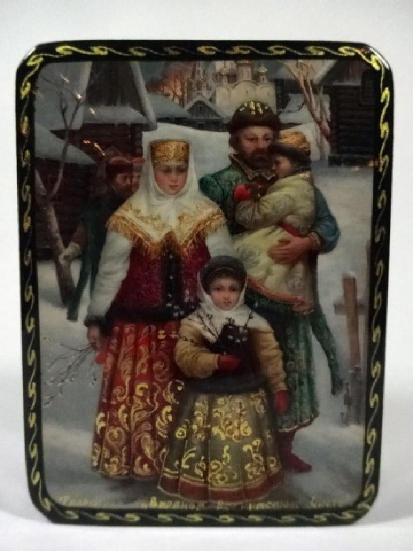 5 PC RUSSIAN HAND PAINTED LACQUERED BOXES, LARGE BOX - 9