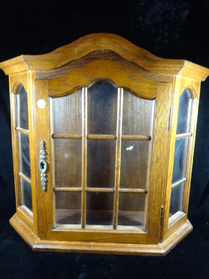 "WOODEN DISPLAY CABINET, WALL MOUNT, APPROX 20"" X 21"""